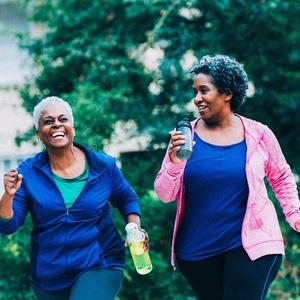 Fazer 2,5 horas de exercício aeróbico moderado por semana protege sua saúde