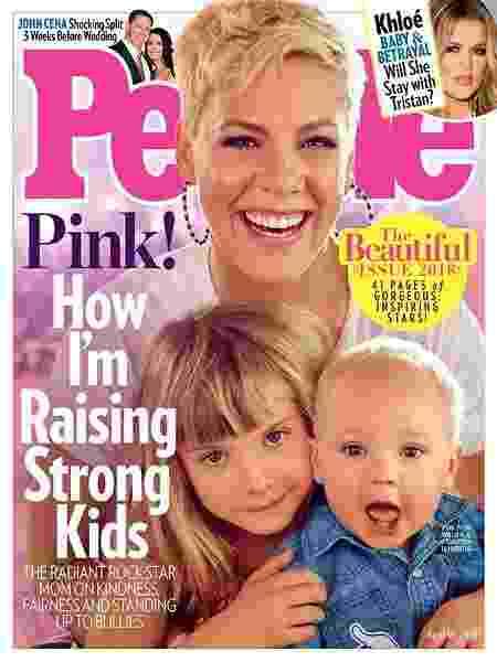 Capa da revista People com a cantora Pink - Divulgação - Divulgação
