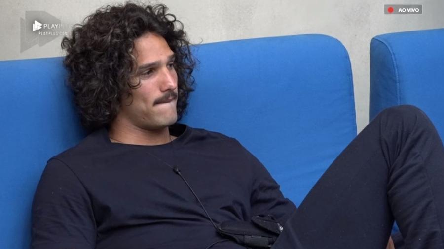 """João Zoli teme roça com Gabi Prado em """"A Fazenda 10"""" - Reprodução/PlayPlus"""