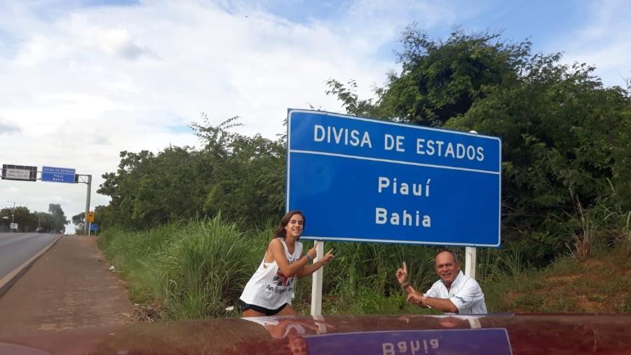 Bianca, 13, e o pai, Ruy. Roteiro de férias vai percorrer quase todo o litoral do Nordeste - Arquivo pessoal