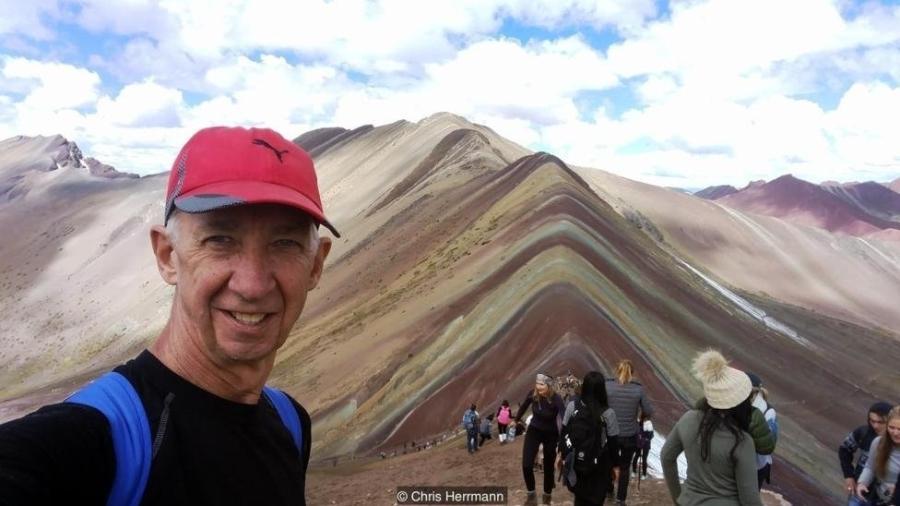 Após ficar viúvo, o australiano Chris Herrmann decidiu tirar um ano inteiro para viajar pelo mundo; a experiência virou um livro - Chris Herrmann/Arquivo pessoal