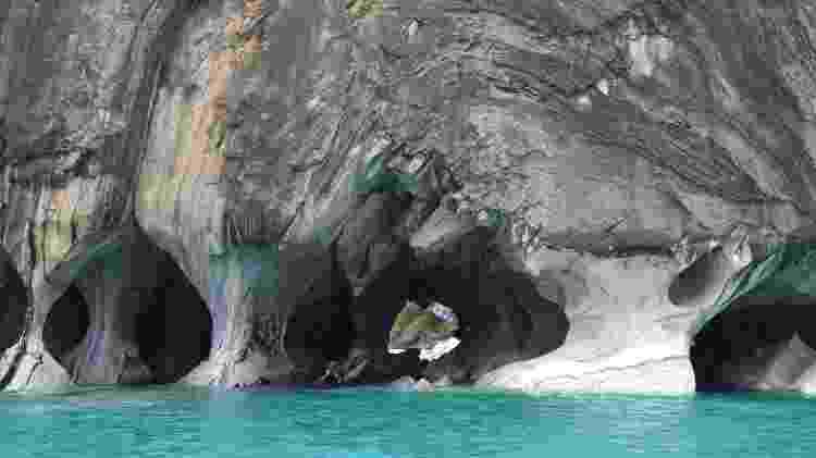 Capela de mármore no General Carrera - Mari Campos/UOL - Mari Campos/UOL