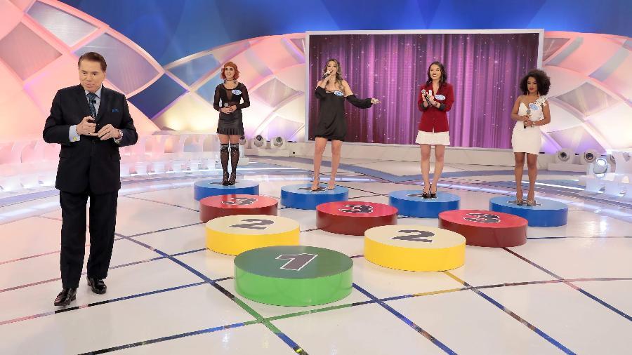 Silvio Santos apresenta a competição musical Quem Você Tira? em seu programa no SBT - Lourival Ribeiro/SBT