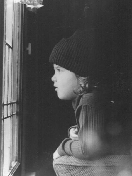 Jennifer Aniston quando era criança - REPRODUÇÃO/INSTAGRAM