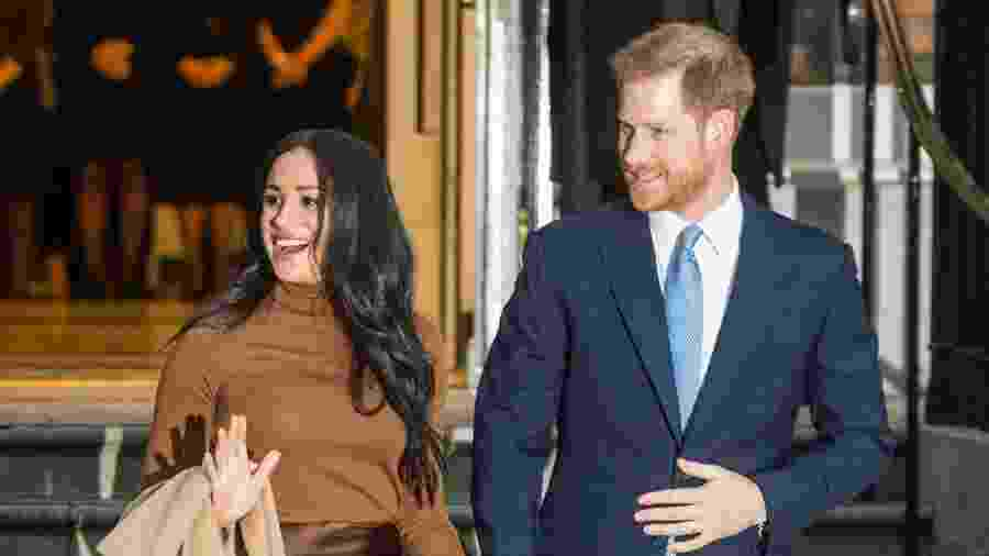A duquesa e o duque de Sussex, Meghan Markle e Harry, durante visita à Canada House, em Londres - Getty Images