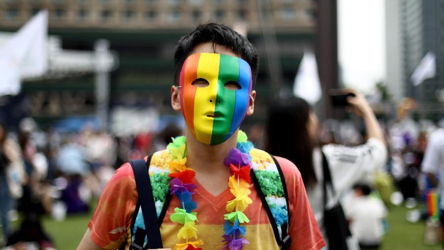 Jovens participam do Korea Queer Culture Festival 2019 em frente à prefeitura de Seoul, na Coreia do Sul - Getty Images