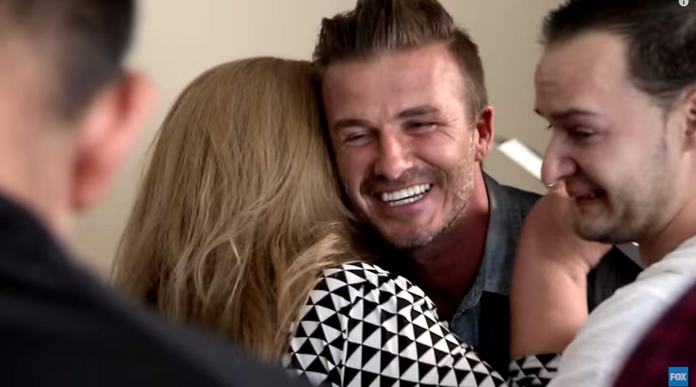 David Beckham faz visita surpresa a uma família no programa
