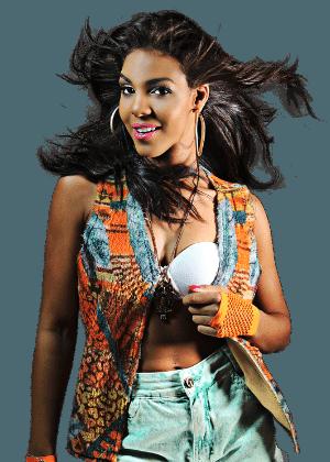 """A cantora Tays Reis, vocalista da banda """"Vingadora"""", de Itabuna, na Bahia"""