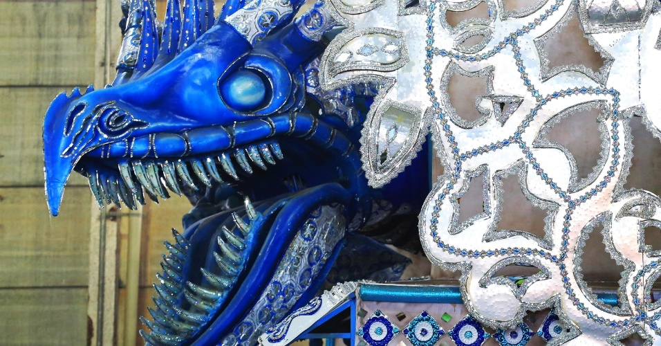 Em sua volta ao grupo especial, a Estácio de Sá vai destacar a batalha do guerreiro contra um dragão