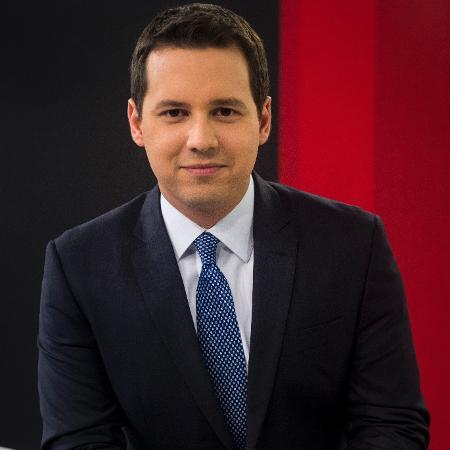 """Dony de Nuccio na bancada do """"Jornal das Dez"""", do canal pago GloboNews - João Cotta/TV Globo"""