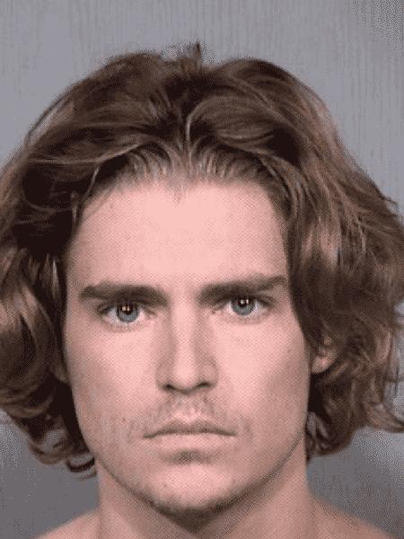 Nicholas Van Varenberg, filho de Jean Claude Van Damme, é preso após ser acusado de ameaça à colega de quarto - Reprodução
