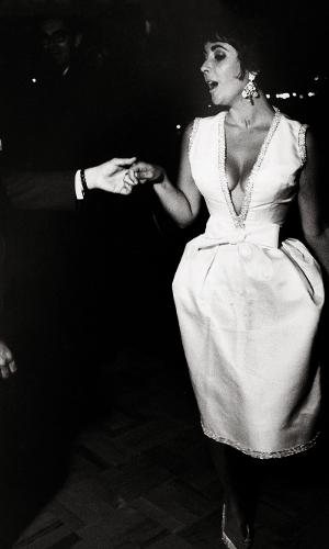 A atriz Elizabeth Taylor