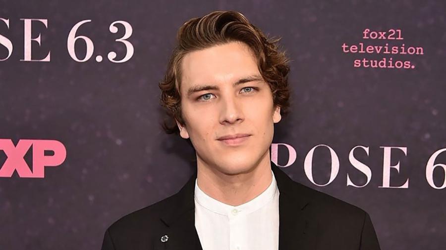 """O ator Cody Fern vai participar da 8ª temporada de """"American Horror Story"""" - Divulgação"""
