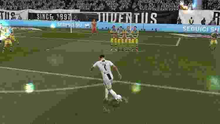 FIFA Cobrança de Falta 6 - Reprodução - Reprodução