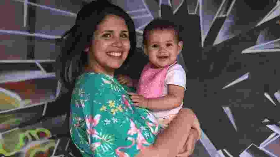 """Anna Rodrigues e a filha Sophie: """"Tem feminista que acha que acabei com a minha vida"""" - Arquivo Pessoal"""