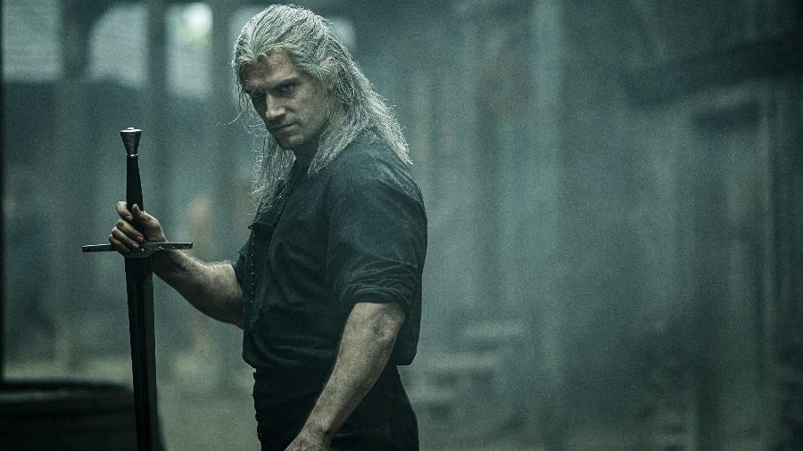 Henry Cavill em cena de The Witcher - Divulgação