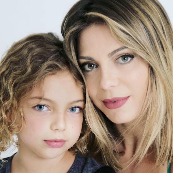 Sheila Mello e a filha Brenda Scherer