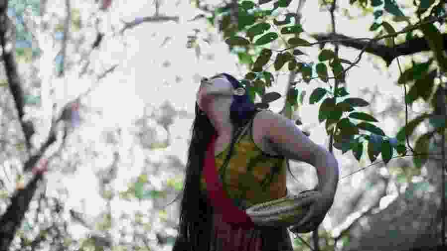 Coletora do Movimento das Mulheres Yarang - Carol Quintanilha/Instituto Socioambiental