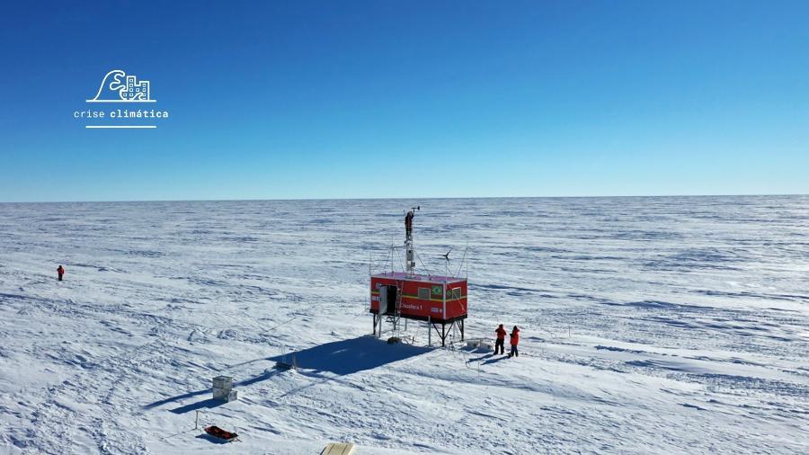 Cerca de dez ONGs entregaram ao governo espanhol uma petição para reforçar a proteção ambiental da Antártica - UOL