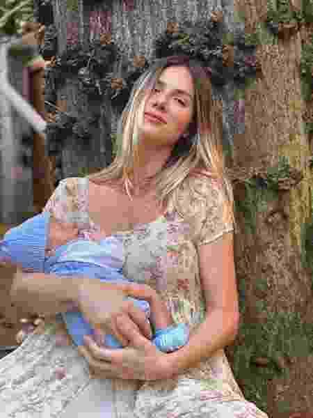 Giovanna Ewbank com o caçula, Zyan, de 2 meses - Reprodução/Instagram