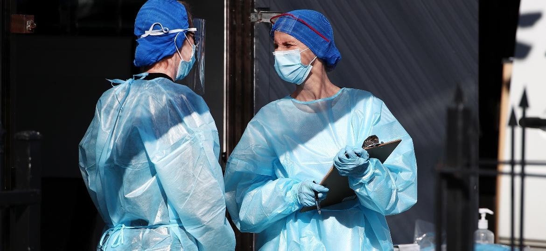 Isolamento em hotéis e vigilância total estão entre as medidas da Nova Zelândia para combater o coronavírus - Getty Images