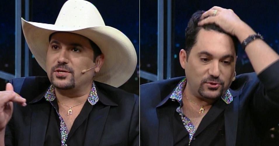 """3.jul.2015 - Edson, da dupla com Hudson, tira o chapéu no """"Programa do Jô"""" e diz que as pessoas acham que ele é careca devido ao uso excessivo do adereço"""
