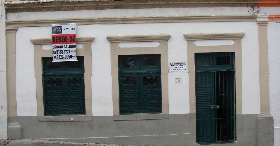 20.jan.2016 - Há opções de apartamentos imobiliados para quem busca locação temporária para o Carnaval, próximo à orla de Olinda