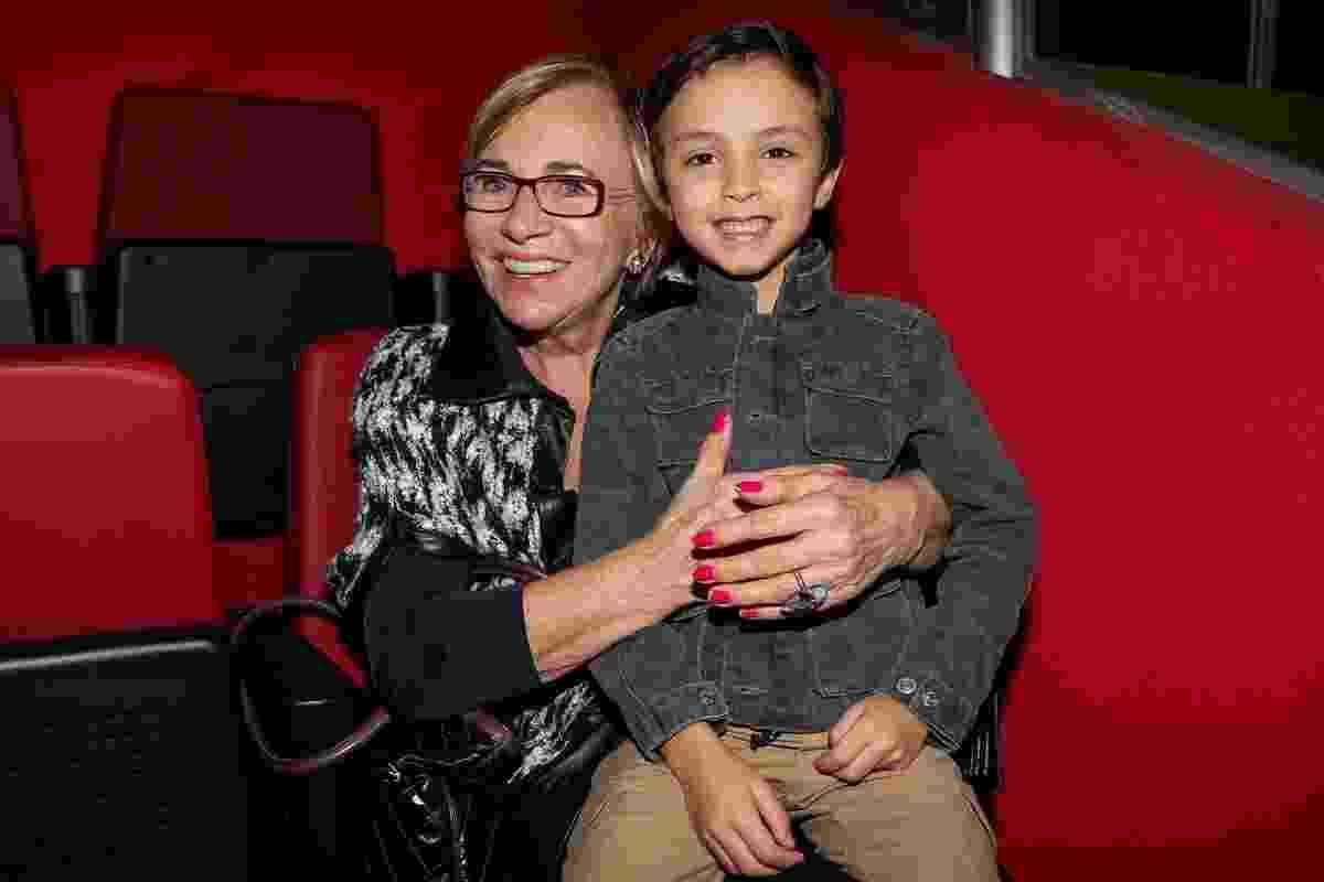 """Filho de Eliana, Arthur, de 5 anos, assiste ao espetáculo """"Disney On Ice ? Festival Mágico no Gelo"""" no Ginásio do Ibirapuera, em São Paulo - Manuela Scarpa/Brazil News"""