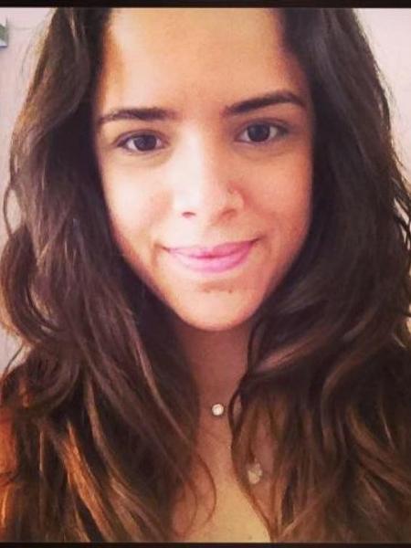 """Fabi Grossi, a """"garota-robô"""" do Projeto Caretas que conversa com jovens no Facebook sobre o pornô de vingança - Reprodução/Facebook"""