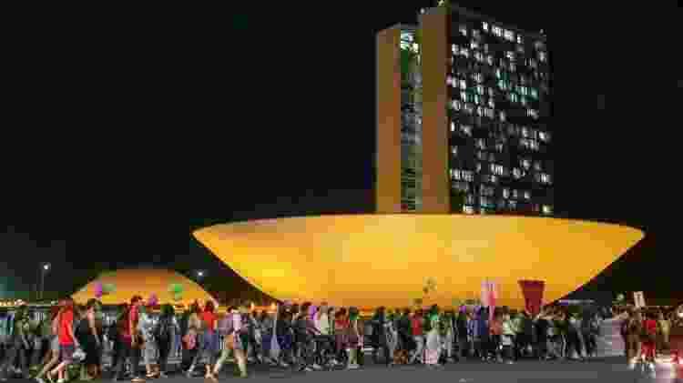 Participantes do Festival Pela Vida das Mulheres caminham do Museu Nacional da República até o Supremo Tribunal Federal (STF). Em frente à Corte, as ativistas fizeram um ato em defesa da descriminalização do aborto. - Fabio Rodrigues Pozzebom/Agência Brasil - Fabio Rodrigues Pozzebom/Agência Brasil