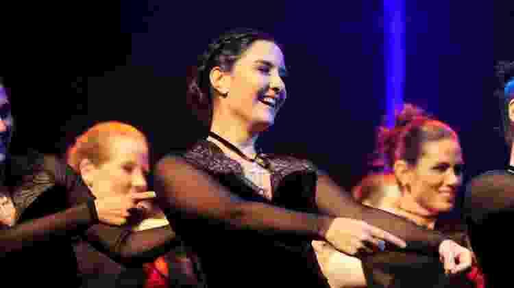 Laura, filha de Bonner e Fátima, dança em evento de jazz - Webert Belicio/AgNews