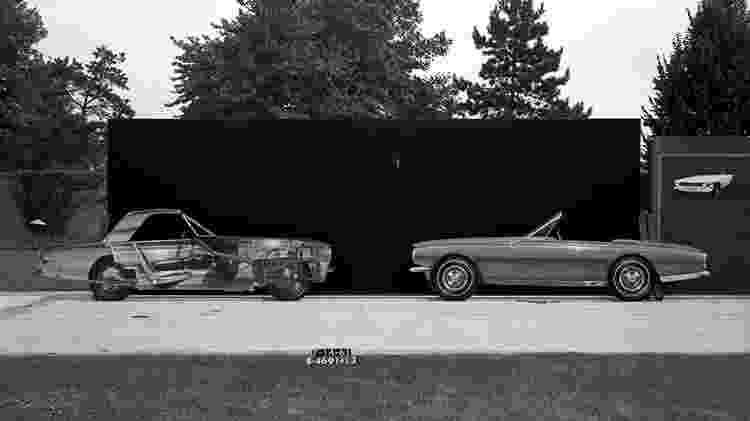 Roadster serviu de base para a primeira geração do Mustang - Divulgação