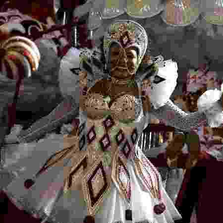 Margareth Menezes estreia na Sapucaí em desfile da Viradouro - Lucas Landau/UOL - Lucas Landau/UOL