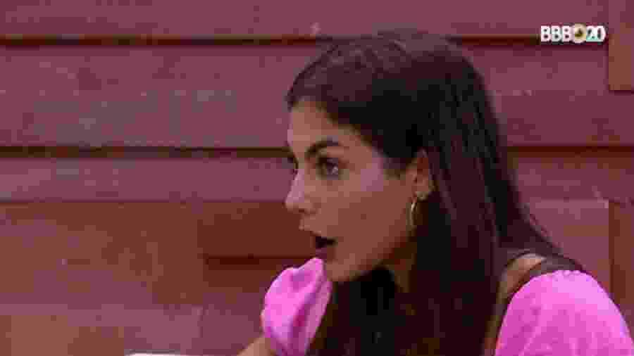 Mari conversa com Manu - Reprodução/GlobosatPlay