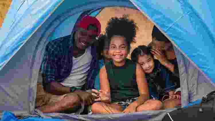 Nem precisa sair de casa para curtir um clima de acampamento - Getty Images/iStockphoto - Getty Images/iStockphoto