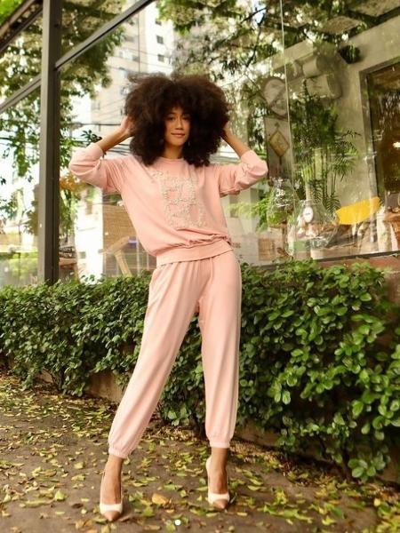 A grife PatBo criou uma coleção com moletons e pijamas de luxo - Reprodução/Instagram