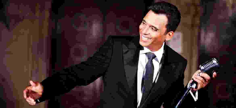 O cantor cubano Jon Secada - Divulgação