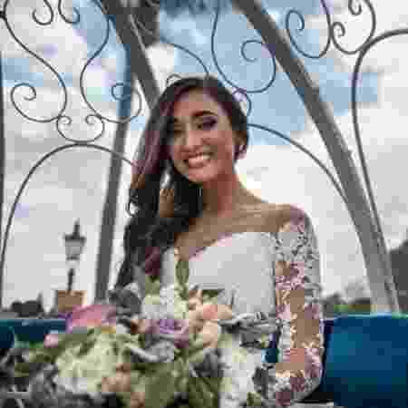 3fd2869a7c23b Noiva ganha novo casamento após reação alérgica ao buquê que quase a cegou