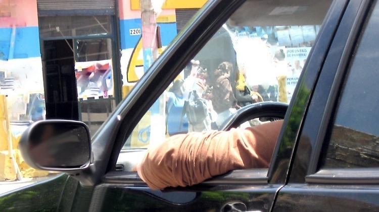 Dez hábitos errados ao volante que dão multa e você ignora ... 45