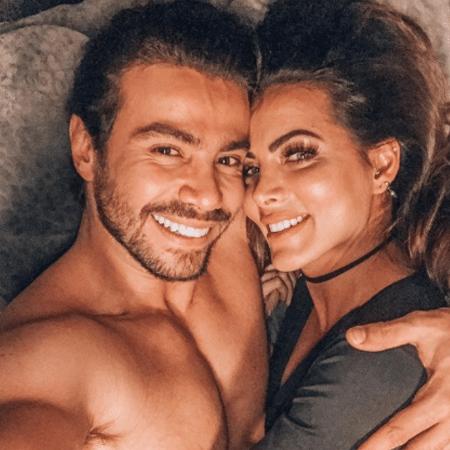 Carla Prata e Mariano - Reprodução/Instagram/carlaprata