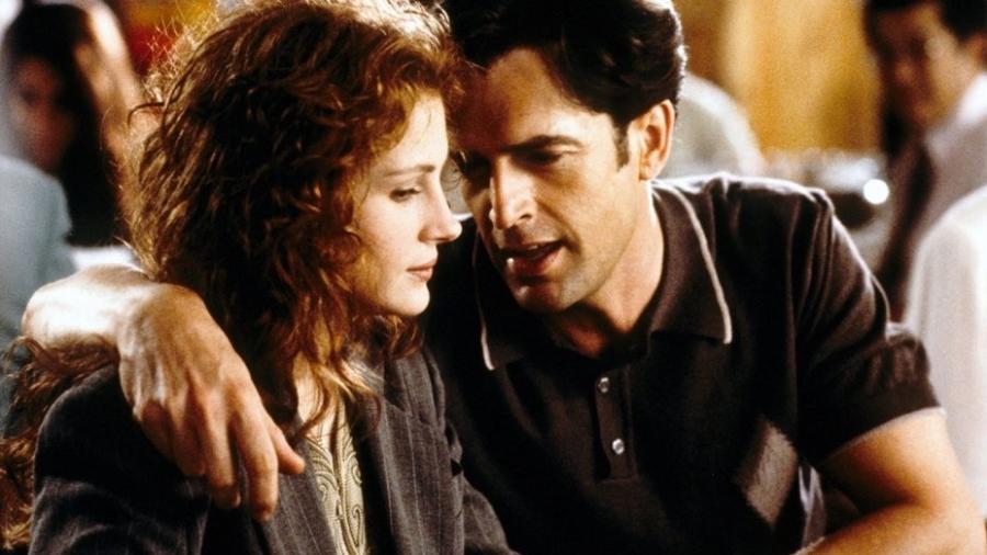 """Julia Roberts e Rupert Everett em """"O Casamento do Meu Melhor Amigo"""" - Divulgação/IMDb"""