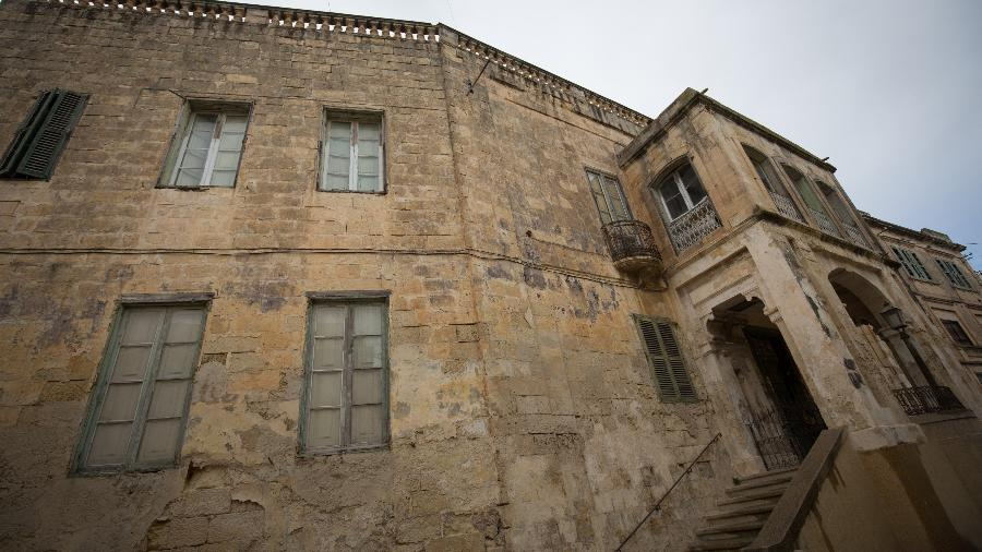 Exterior do palácio onde a Rainha Elizabeth 2ª e seu marido, o príncipe Philip, moraram em Malta - Getty Images