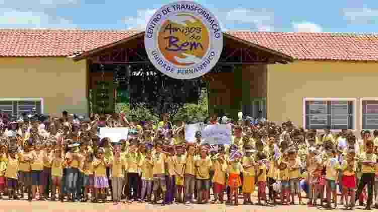 Nos Centros de Transformação, cerca de 10 mil crianças e jovens participam de atividades educativas e culturais - Divulgação/Amigos do Bem - Divulgação/Amigos do Bem