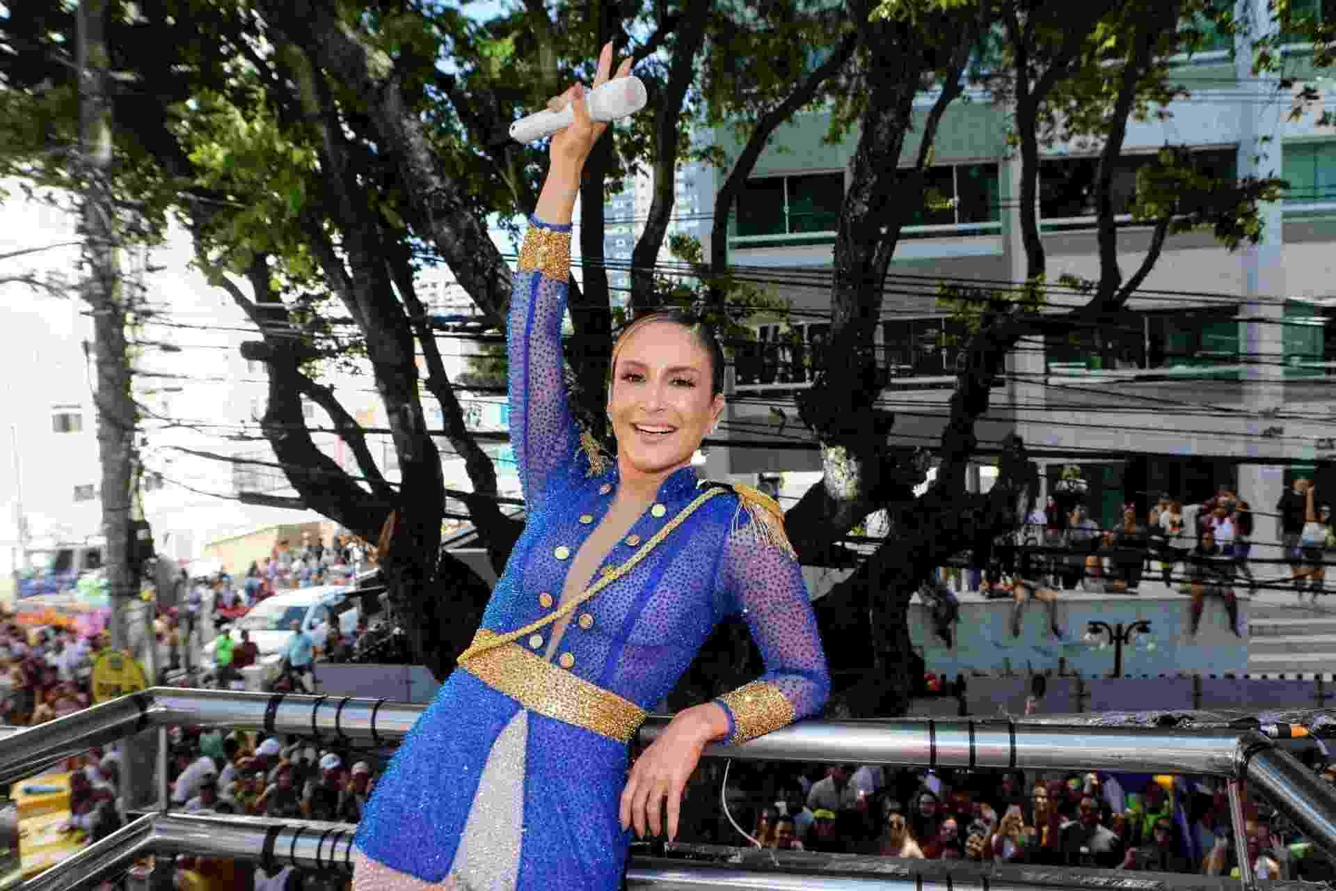 Claudia Leitte arrasta foliões no circuito Campo Grande, em Salvador, em mais um dia de Carnaval - Dilson Silva/AgNews