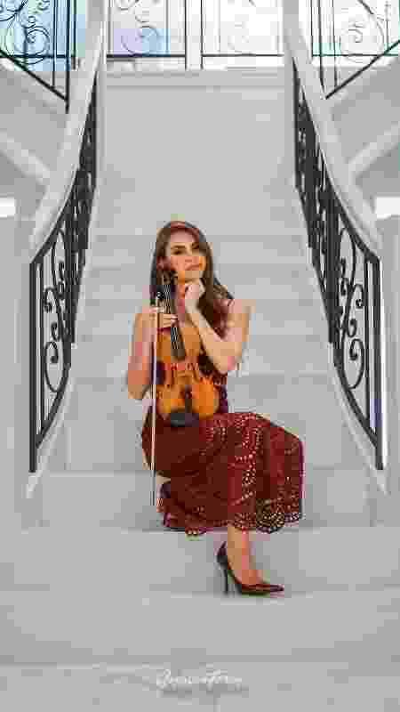 A violinista brasileira Anna Murakawa - SOPHIAN FEREY - SOPHIAN FEREY