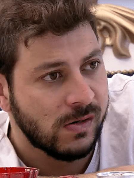 BBB 21: Caio fala sobre relação com Gilberto - Reprodução/Globoplay