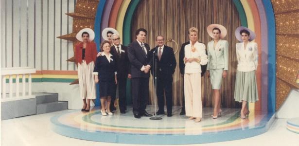 """Silvio Santos apresenta """"Porta da Esperança"""" nos anos 1990 - Divulgação/SBT"""