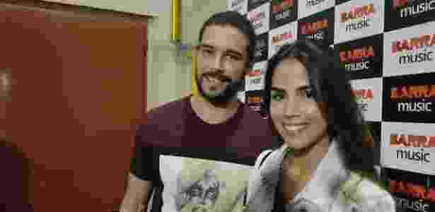 Bernardo Velasco e Pérola Faria no show de Anitta, no Rio - Ana Cora Lima /UOL