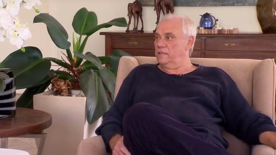 """Marcelo Rezende dá entrevista ao """"Domingo Espetacular"""" para falar sobre seu problema de saúde - Reprodução/Record"""