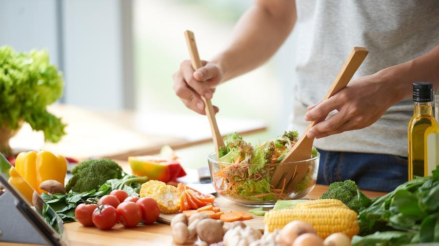 """No Reino Unido, 25% da população diminuiu o consumo de carne, segundo o jornal """"The Guardian"""" - Getty Images"""